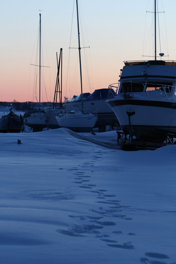 boats-in-the-snow